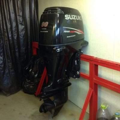 Slightly Used Suzuki 90HP 4-Stroke Outboard Motor Engine - Boat engines on Aster Vender