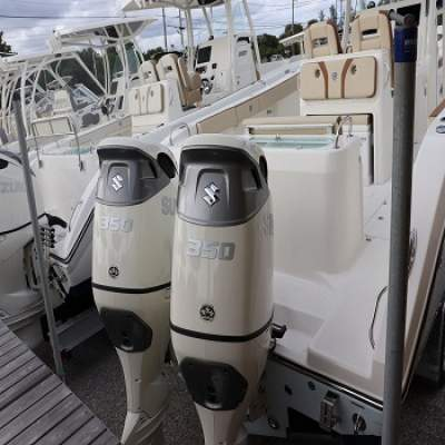 New Suzuki 350HP 4-Stroke Outboard Motor Engine - Boat engines on Aster Vender