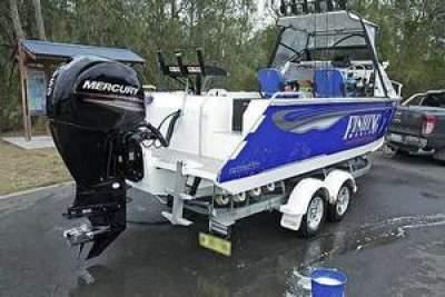 Slightly Used Mercury 150HP 4-Stroke Outboard Motor Engine - Boat engines on Aster Vender