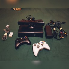 xbox 360 console+2 controller+kinect+17 originals game - PS4, PC, Xbox, PSP Games on Aster Vender