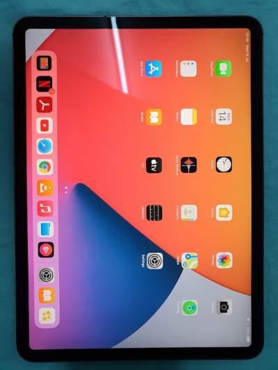 ipad pro 11 256gb WIFI + Cellular - Tablet on Aster Vender