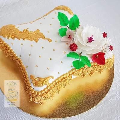 Wedding cakes - Cake on Aster Vender