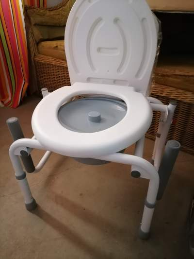 Commode chair with drop down arm steel - Other Medical equipment on Aster Vender