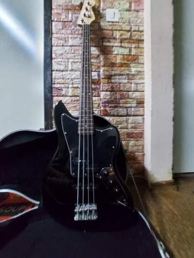 Squire Fender Jaguar Bass Guitar  - Bass guitar on Aster Vender