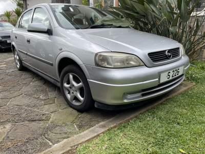 Opel astra 2002 - Family Cars on Aster Vender