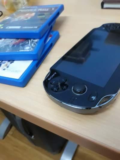 Ps vita - PSP on Aster Vender