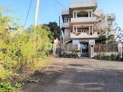 (Ref. MA7-247) À vendre - Quatre Bornes, maison repartie en 3 niveaux - House on Aster Vender