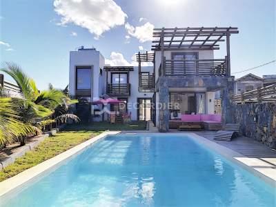 (Ref. MA7-470) Maison avec espace de vie lumineuse - House on Aster Vender