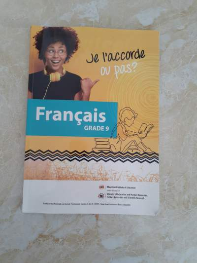 French Book Grade 9 - Self help books on Aster Vender