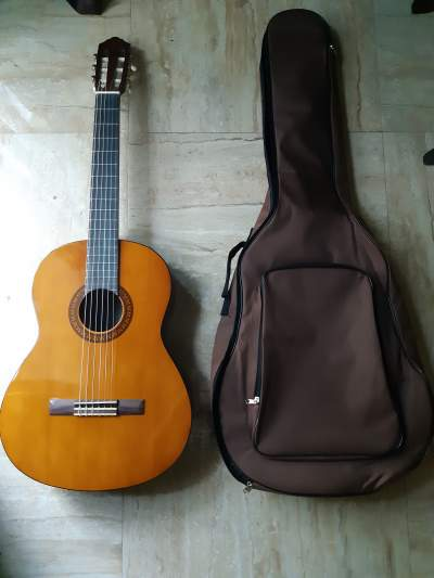 Classic Guitar C-45 - Other guitars on Aster Vender