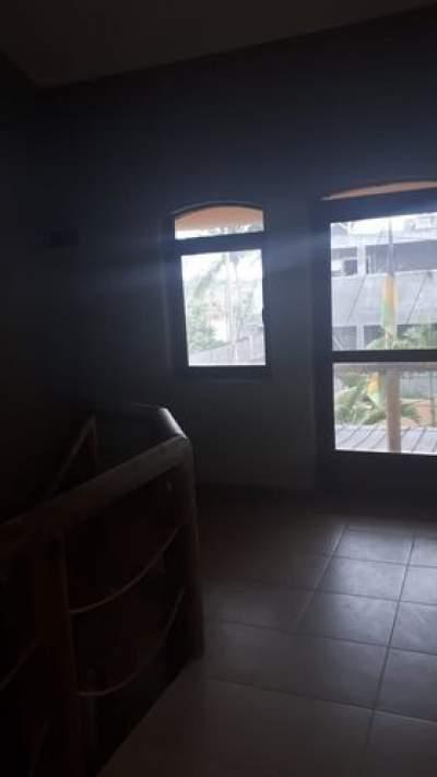HOUSE ON SALE IN TRIOLET/ MAISON A VENDRE A TRIOLET RS 4 M NEG - House on Aster Vender