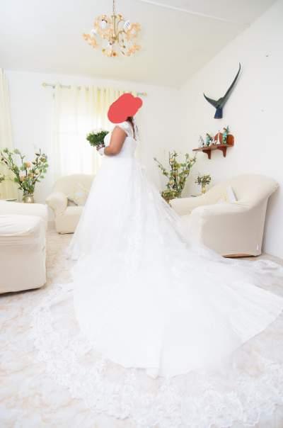 Wedding dress - Wedding clothes on Aster Vender