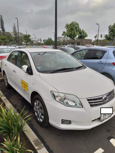TOYOTA AXIO 2011 - Family Cars on Aster Vender