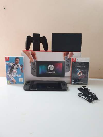 Nintendo switch fullset - Other Indoor Sports & Games on Aster Vender