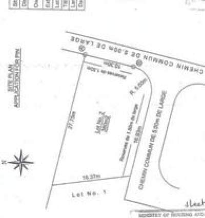 LAND ON SALE AT POINTE AUX PIMENTS - RS 1.4 M NEG  - Land on Aster Vender