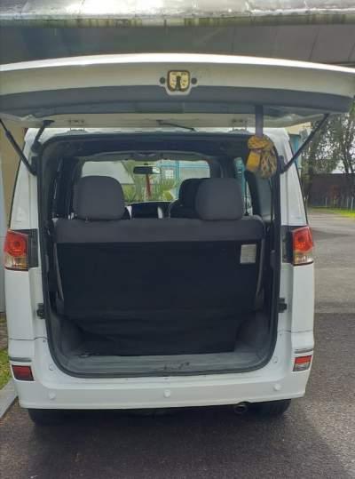 7 seater car - Family Cars on Aster Vender