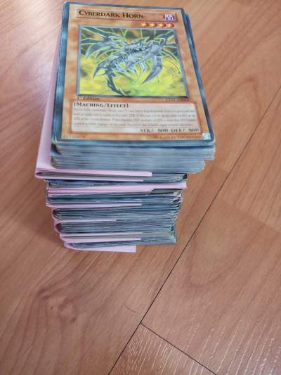 Yu gi oh cards - Card games on Aster Vender