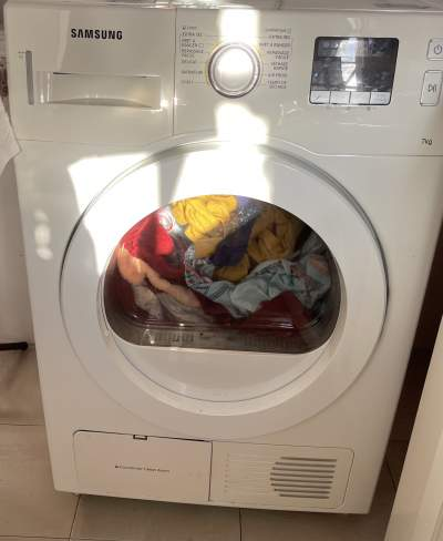 Clothes dryer-Samsung brand - All electronics products on Aster Vender