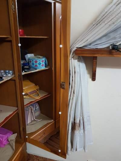 Second-hand wardrobe - Other storage furniture on Aster Vender