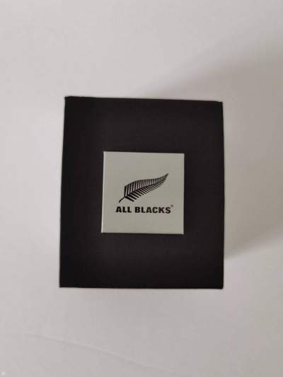 MONTRE - ALL BLACKS - Watches on Aster Vender