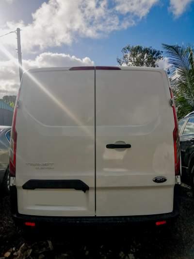 Ford Transit - Cargo Van (Delivery Van) on Aster Vender