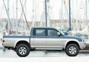 Buy a 4x2  budget Rs125,000 - Pickup trucks (4x4 & 4x2) on Aster Vender