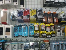 Earphones for sale - Deliver everywhere in Mauritius - Other phone accessories on Aster Vender