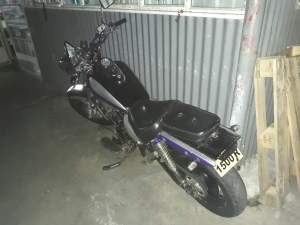 Moto LIFAN 150 cc - Roadsters on Aster Vender