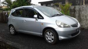 Honda fit 05 - Family Cars on Aster Vender