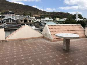 Luxurious and fully furnished house 2200p2 at Caro Lalo, P-Louis - Houses on Aster Vender