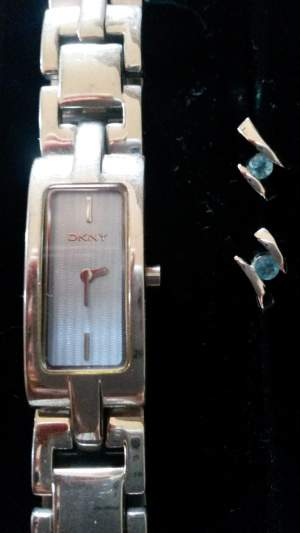 Watch and earings - Other Jewellery on Aster Vender