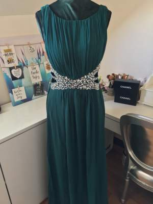 Evening dress / robe de soirée - Dresses (Women) on Aster Vender
