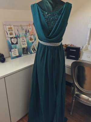 Evening dress / robe de soirée  - Dresses (Women) on Aster Vender
