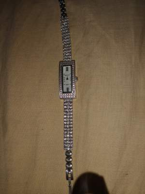 Montre en argent original 8000rs negociable - Watches on Aster Vender