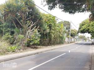 Residential land 50 Perches,  Vacoas - Land on Aster Vender