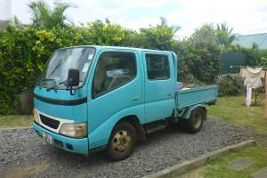 fourgon toyota dyna double cabine - Small trucks (Camionette) on Aster Vender