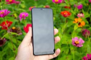 Huawei P20 24 mega pixels cam 15000rs  - Android Phones on Aster Vender