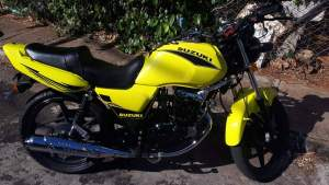 Suzuki en 125 - Sports Bike on Aster Vender