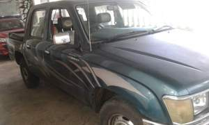 Toyota Hilux 2*4 Yr 98 for sale - Pickup trucks (4x4 & 4x2) on Aster Vender