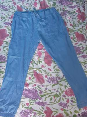 Selling  - Pants & Leggings (Women) on Aster Vender