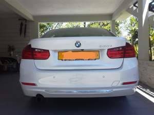 BMW320i (Luxury line) - Luxury Cars on Aster Vender