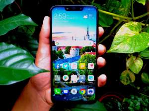 Huawei Nova 3i - Android Phones on Aster Vender