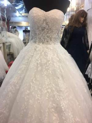 Wedding dress - Wedding clothes on Aster Vender