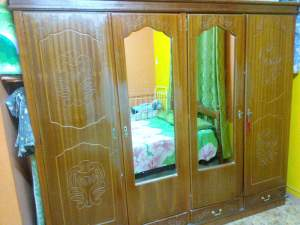 Armoire 4 bat + lit double - Bedroom Furniture on Aster Vender