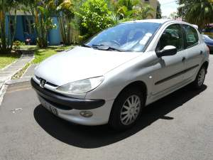 Peugeot 206 2003 - Compact cars on Aster Vender