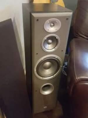 JBL speakers E60