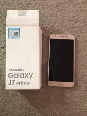 J7 prime + bluetooth earphone for sale at 6500 - Samsung Phones on Aster Vender