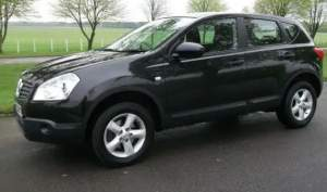 Nissan Qashqai yr 2008 - SUV Cars on Aster Vender