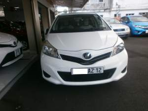 Toyota vitz - Family Cars on Aster Vender
