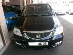 HONDA CITY  - Family Cars on Aster Vender